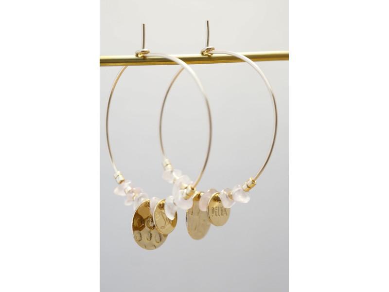 créoles plaqué or et chips de quartz rose