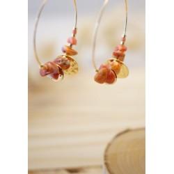 créoles plaqué or et perles en coquillage du pacifique, corail et or