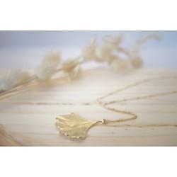 bijou femme, plaqué or, chaîne billes, feuille de gingko, mode vintage,  pelva