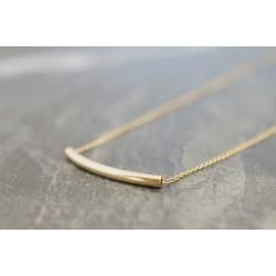 collier plaqué or,chaine fine et  perle tube