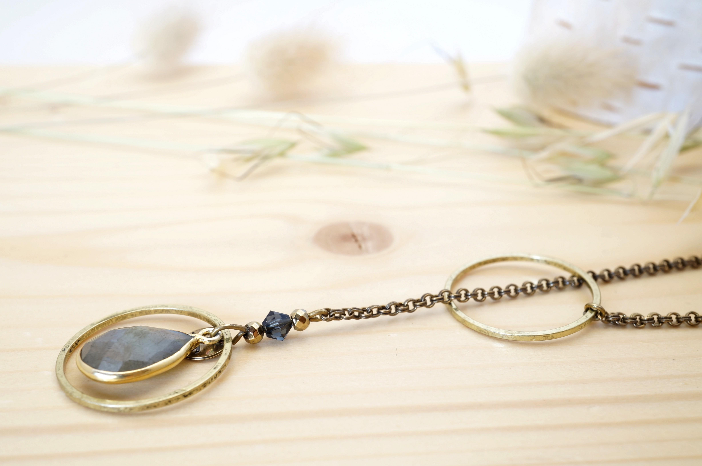 Bracelets et sautoirs